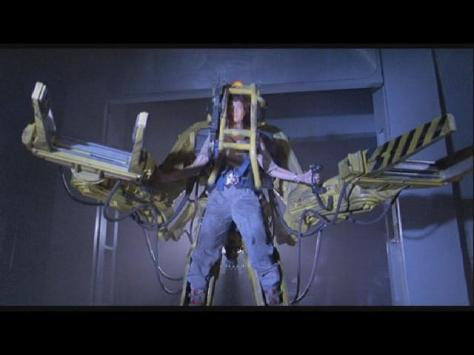 Aliens 3 - Sigourney Weaver - Arms out as if on a cross